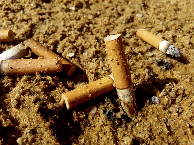 cigarettes-723126_640.jpg